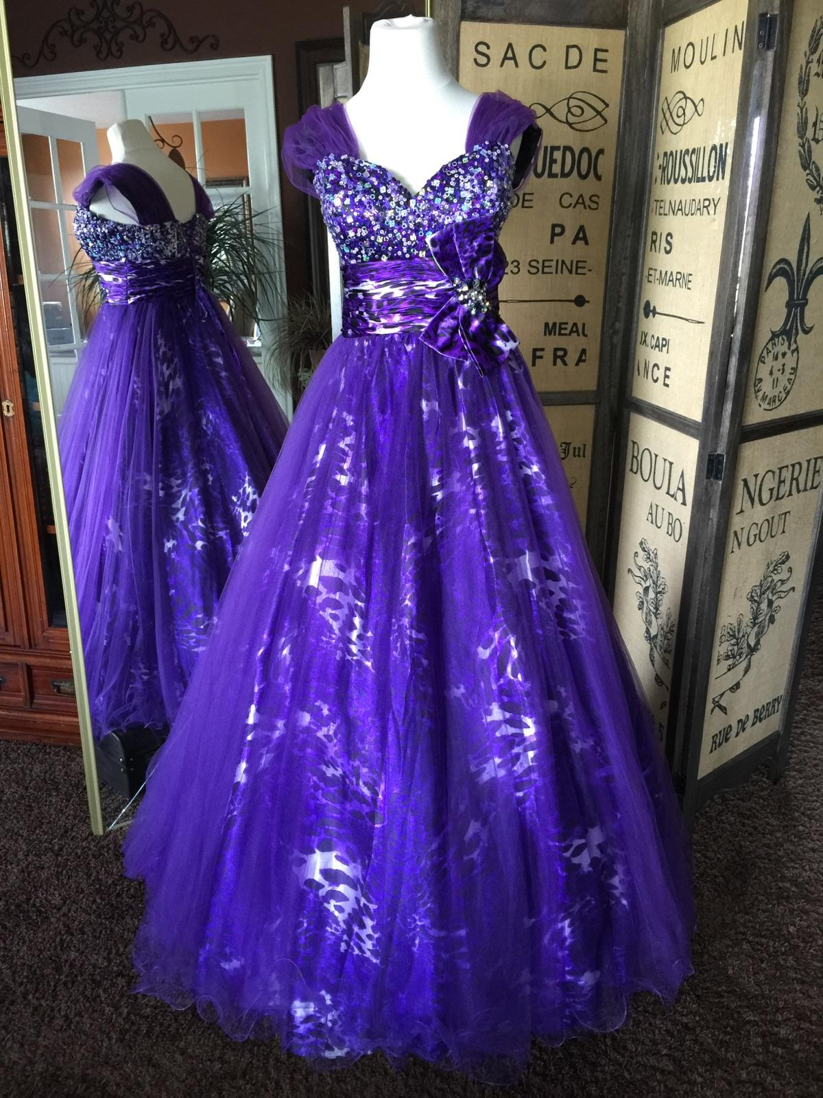 10-0018   Size 10