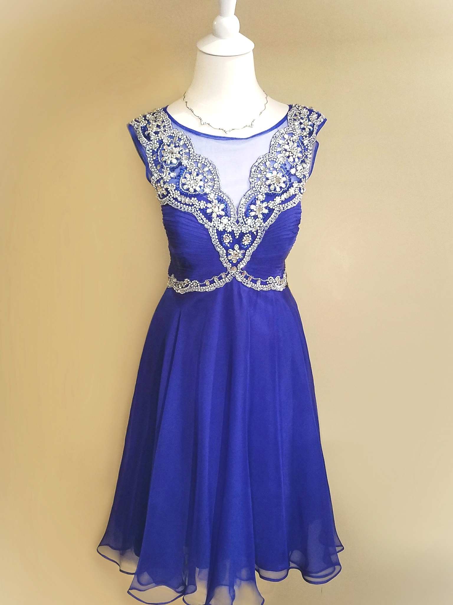 04-0301   Size 4